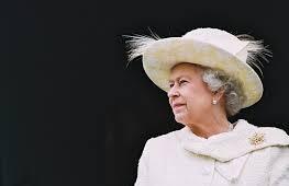 Regina Elisabeta a II-a si Philip Mountbatten