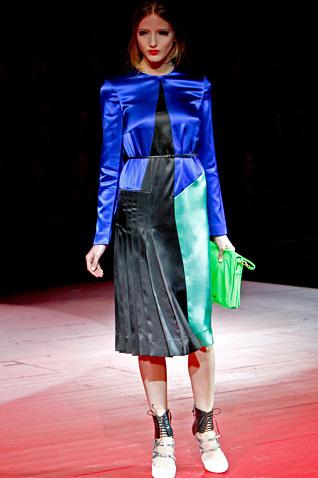 stil de moda 2011 satin