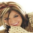 Vopsirea parului: cum sa treci de la blond la brunet