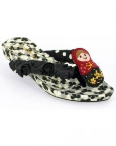 Papuci tip sandale