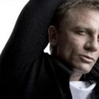 Daniel Craig a jucat rolul unui travestit