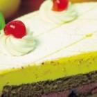 Desert delicios: tort cu lamaie