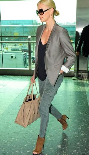stil de moda de vedeta Charlize Theron