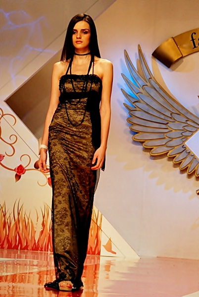 bucharest fashion week 2011 cu tinute de seara (3)