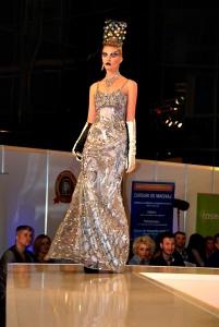 Catalin Botezatu - Modele de rochii de la BFW 2011 - modele de rochii create de catalin botezatu (6)