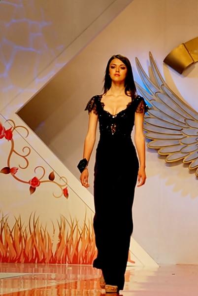 poze fotomodele in rochii elegante (1)