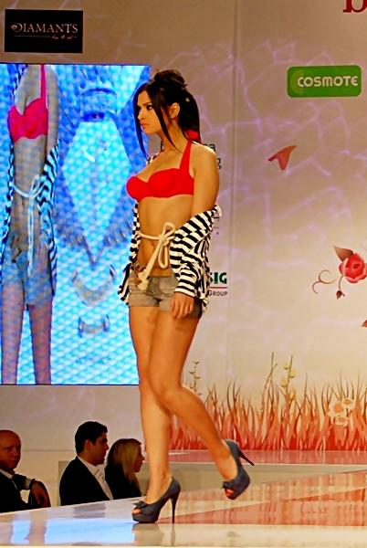 poze tinute de vara 2011 (5)