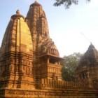 Templele Khajuraho – bijuterii ale artei erotice