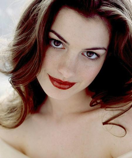 machiaj simplu de vedeta - Anne Hathaway