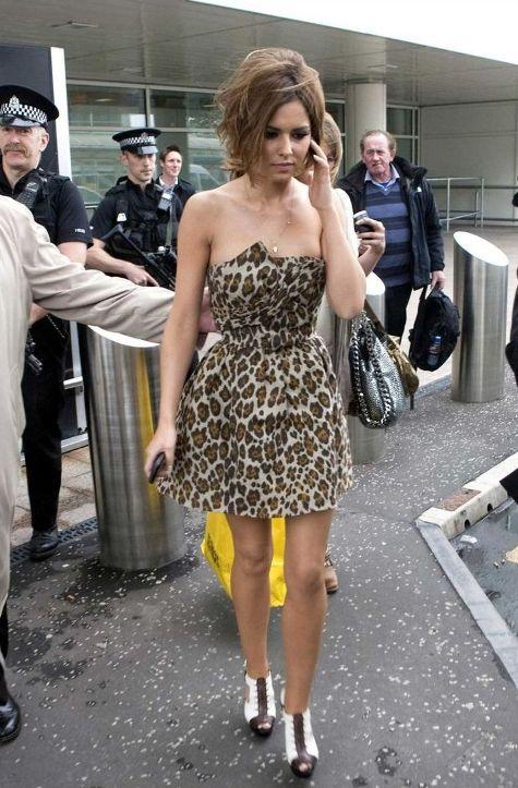 cheryl tweedy in rochie animal print