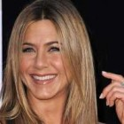 Machiaza-te in 10 pasi ca Jennifer Aniston!