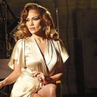 "Jennifer Lopez lanseaza parfumul ""Love and Light"""