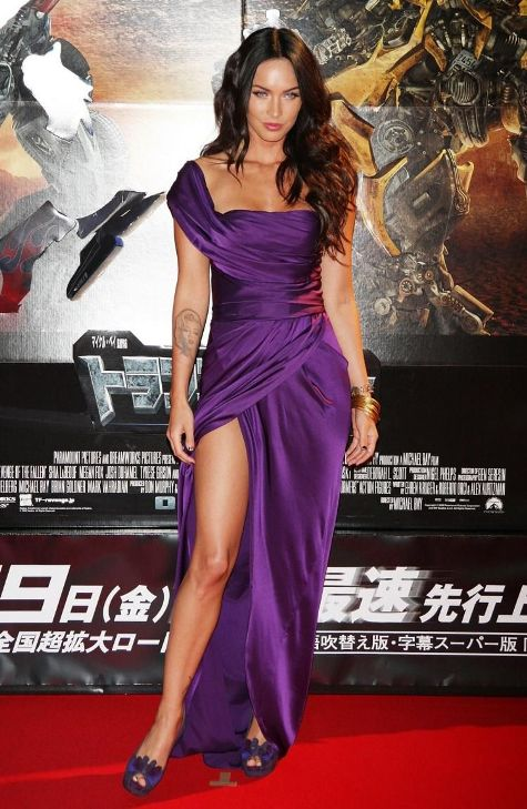 megan fox in rochie purple