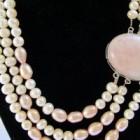 Castiga un colier din perle