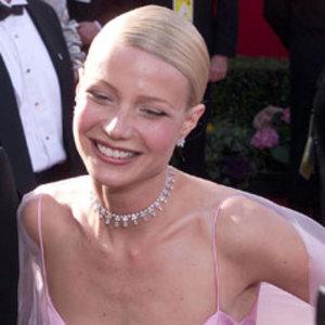 Gwyneth Paltrow a ales o tinuta nepotrivita si a tinut si un speech prea elaborat