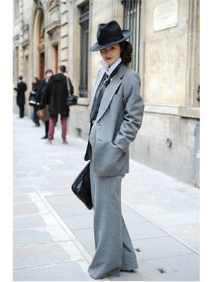 costum masculin, pantaloni largi, palarie