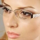 Castiga o pereche de ochelari de soare West sau o rama de vedere Renato Balestra