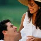 5 gesturi tacite care iti spun ca este iubire