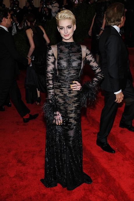 Anne Hathaway, MET Gala 2013