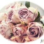 """Floria prezintă aranjamente florale pentru nunți din colecția """"Floria Poudre d'Amour"""", la Expomariage"""