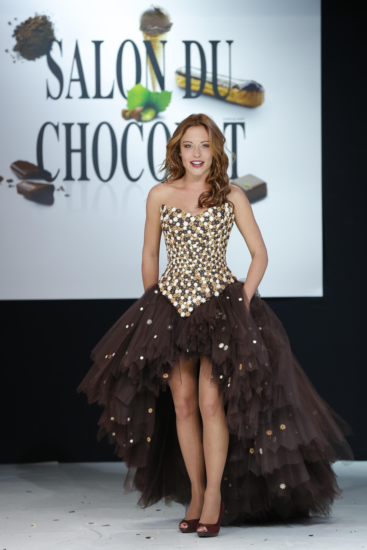 prezentare-de-moda-creatii-din-ciocolata-salon-du-chocolat-2013 (27)