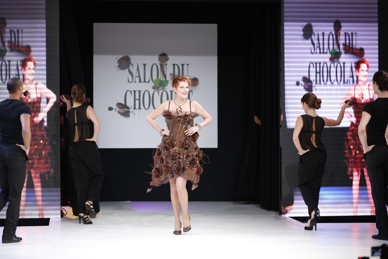 prezentare-de-moda-creatii-din-ciocolata-salon-du-chocolat-2013 (28)