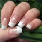 Ingrijirea unghiilor lungi