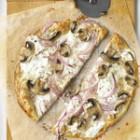 Pizza cu ricotta si ciuperci