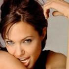 Angelina, inlocuitoarea lui Charlize Theron