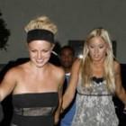 Britney Spears fură hainele prietenelor