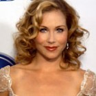 Christina Applegate s-a vindecat de cancer