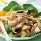 Salata cu pui si migdale