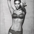 Noua campanie Emporio Armani Underwear