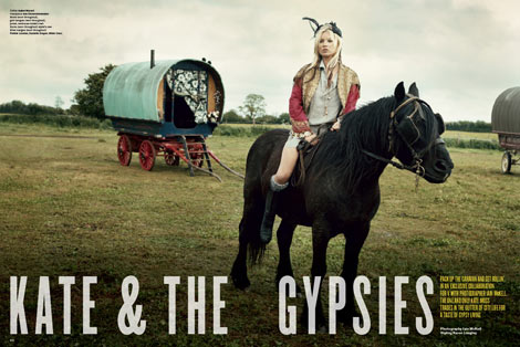 kate-moss-the-gypsies-v-61-horse