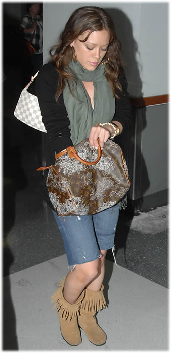 hilary-duff-louis-vuitton-dentelle-speedy1
