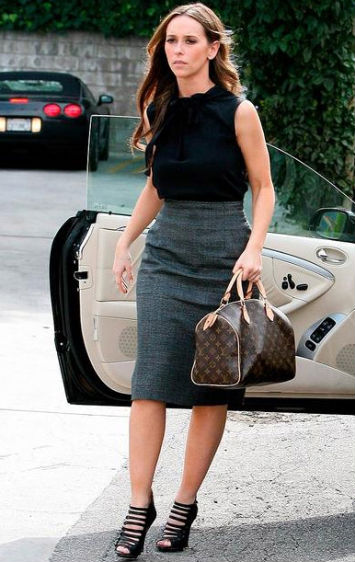 jennifer-love-hewitt-style-louis-vuitton-monogram-speedy-30-bag