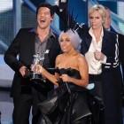 Giorgio Armani creaza pentru Lady Gaga