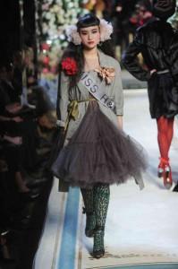 lanvin-x-hm-fashion-show-09