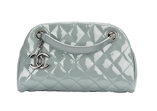 Любое упоминание о сумочках Chanel (Шанель) всегда вызывает интерес, а.