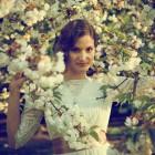 Vintage glam bride